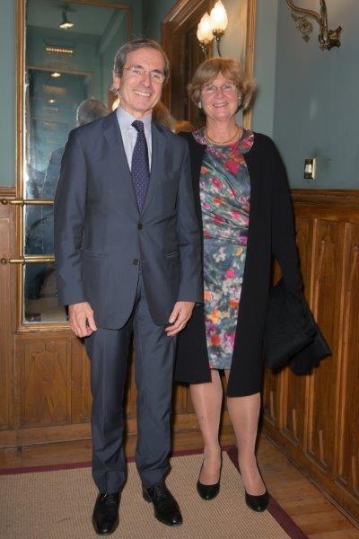 Embajador de Francia y Sra de Saint-Geours